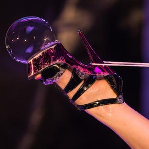 Thumb bubble foot