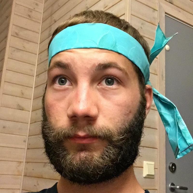 Scaled headband