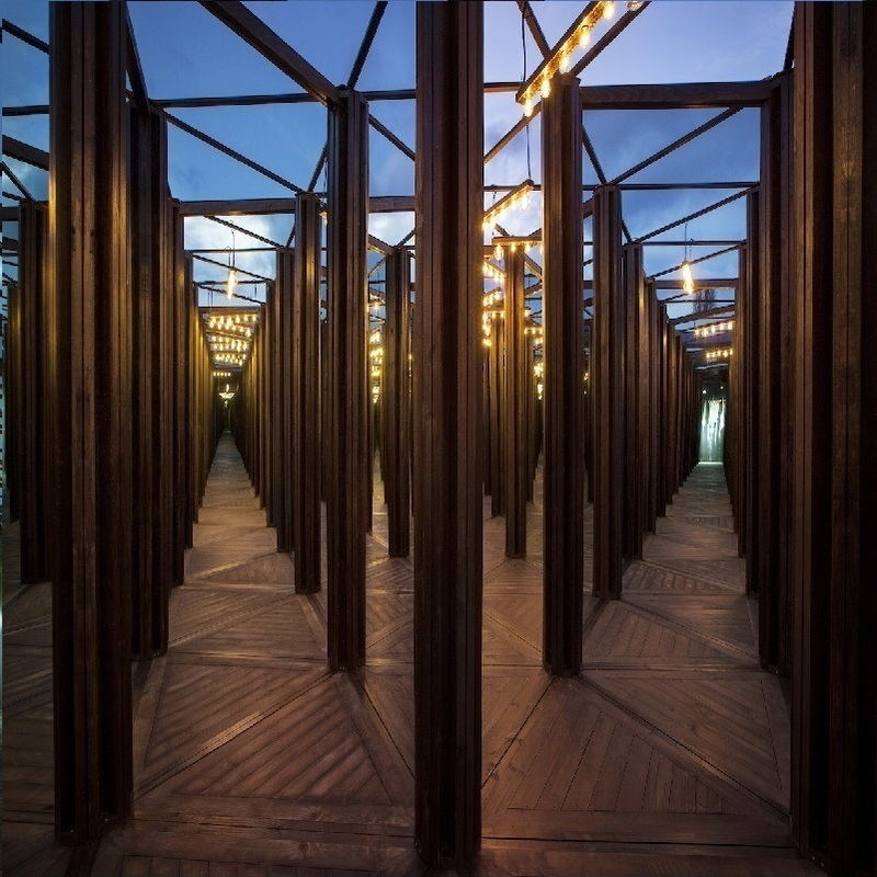 Scaled interactive house of mirrors