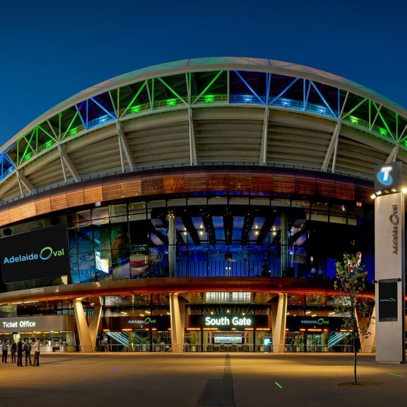 Scaled scaled adelaideoval800j