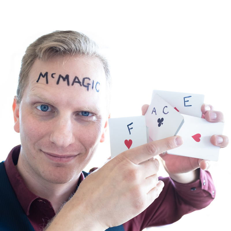 Magic McMagicface - Event image