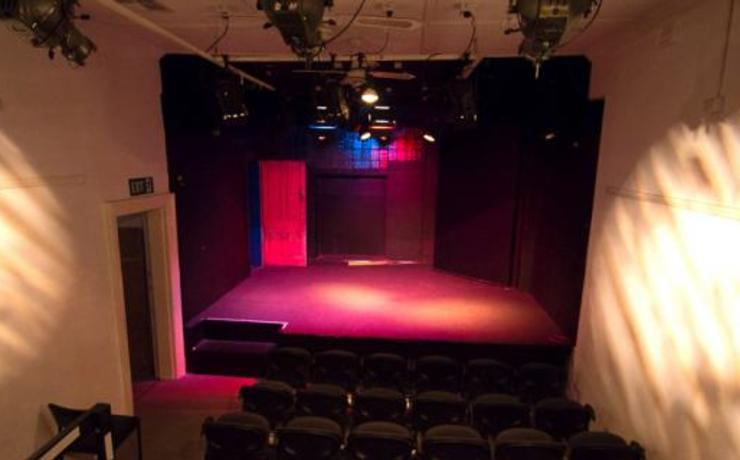 Scaled studio fringe readyaudience and stage